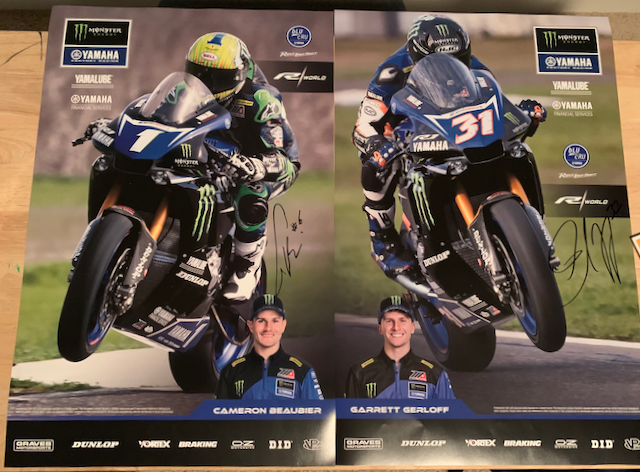 team_yamaha_autographs