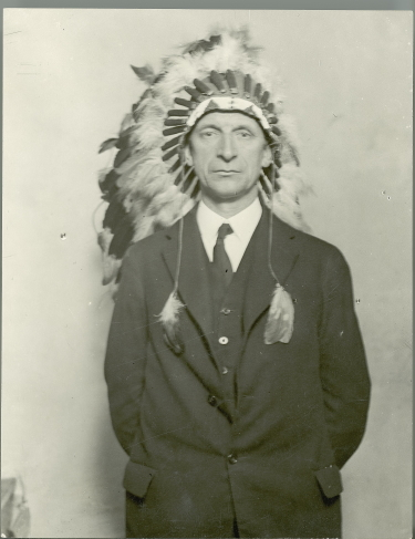 De Valera in headdress